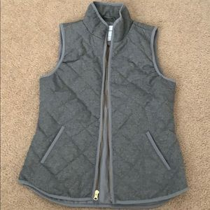Grey patterned vest